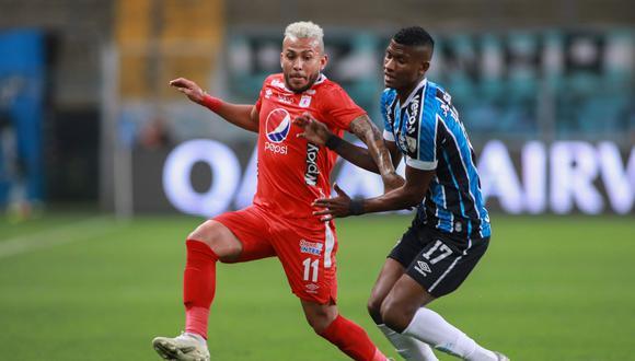 América de Cali y Gremio se enfrentaron por la Copa Libertadores. (Foto: AFP)