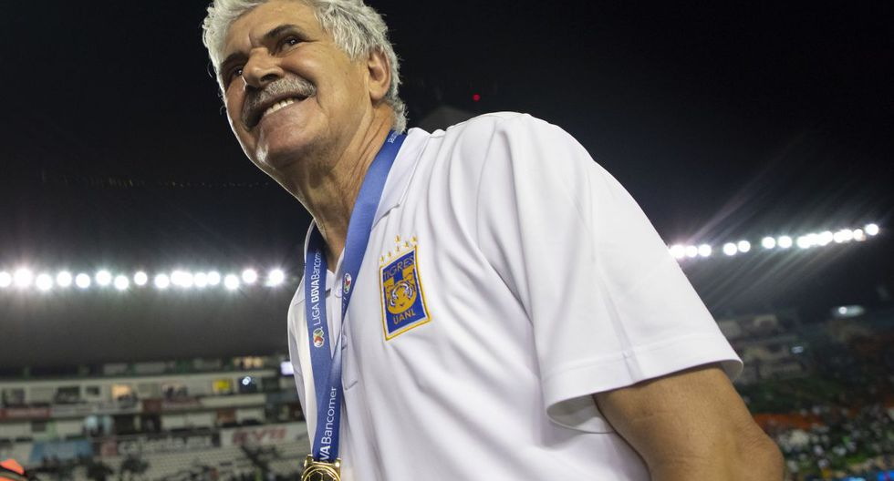 13. Ricardo 'Tuca' Ferretti - 8687 puntos.