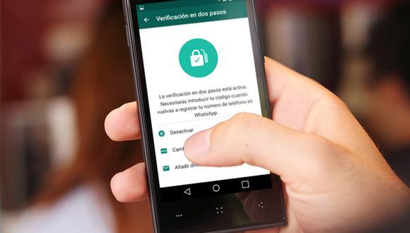 ¿No tienes tu celular cerca? Así puedes recibir el código de verificación de tu cuenta mediante correo electrónico. (Foto: WhatsApp)