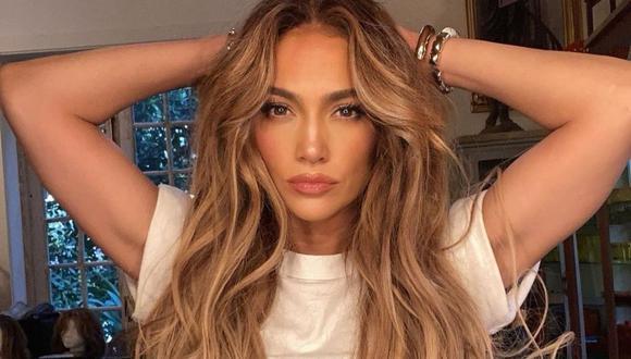 Jennifer Lopez encantó a sus seguidores con glamurosas fotos de la Semana de la Moda en París. (Foto: Instagram / @jlo).