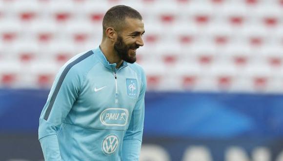 Karim Benzema no dudo en mostrar su felicidad ante su regreso a la Selección Francesa. (Foto: AFP)