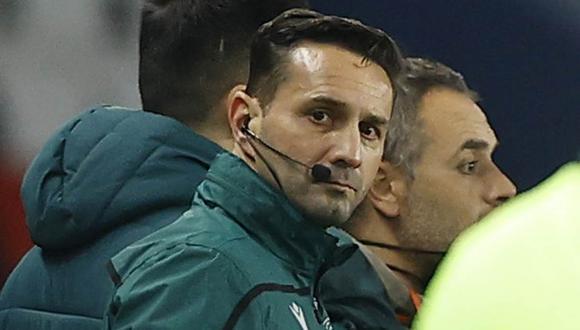 El perfil de Sebastian Coltescu, el árbitro acusado de racismo en el partido PSG vs. Istanbul. (Foto: EFE)