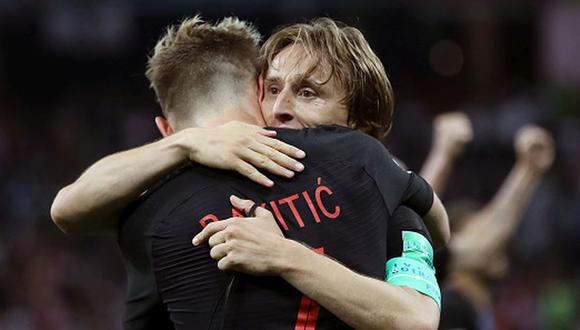Modric e Rakitic intercambian camisetas y se dedican emotivos mensajes. (Getty)