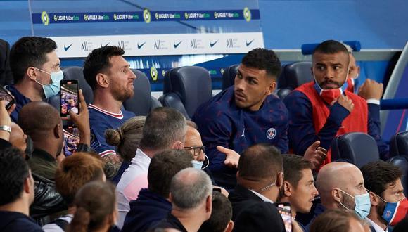 Lionel Messi y su reacción tras ser reemplazado por Hakimi. (Foto: Difusión - Twitter)