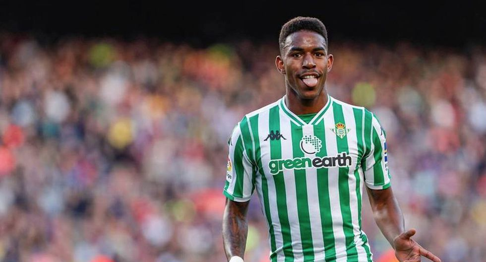 Junior Firpo. (Getty Images)