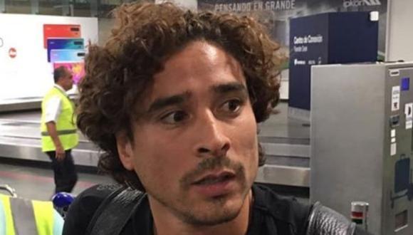 Guillermo Ochoa llega procedente del Standard Lieja de Bélgica.