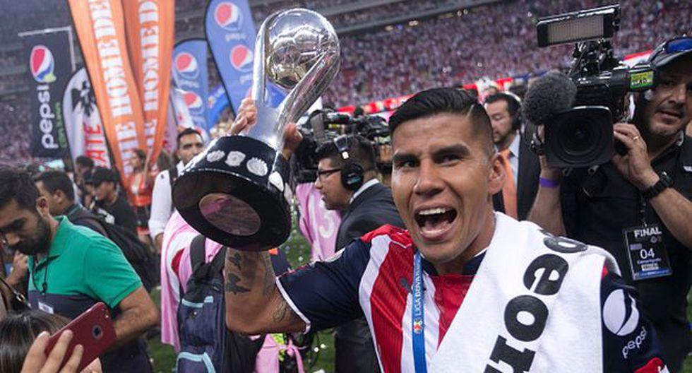 Carlos Salcido jugó cuatro temporadas en PSV Eindhoven, tres de ellas con Farfán. (Getty Images).