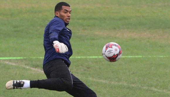 Rivadeneyra espera quedarse con el titularato en Alianza Lima. (Foto: Prensa AL)
