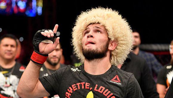 Khabib venció a Poirier en desde Abu Dhabi y se coronó campeón de peso ligero de UFC. (Getty)