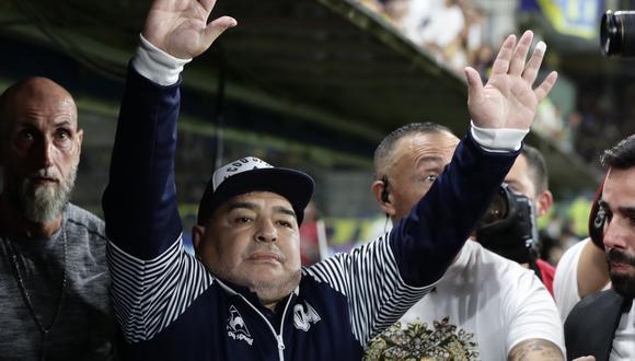 Maradona asumió como entrenador del Lobo en septiembre de 2019. (Foto: AFP)