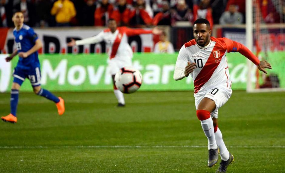 Jefferson Farfán desea volver a la selección peruana para el arranque de las Eliminatorias. (Foto: AFP)