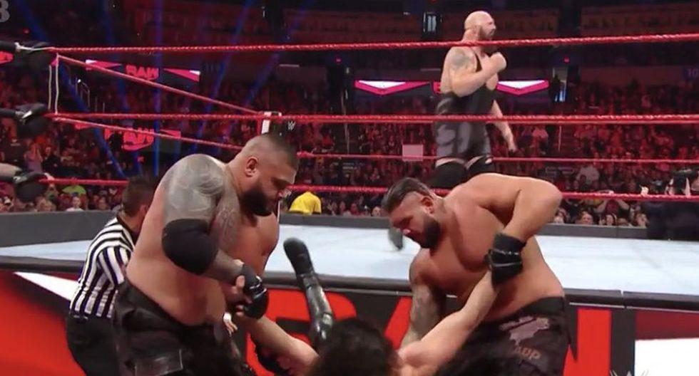 Seth Rollins luego de ser noqueado por Big Show. (Foto: WWE)