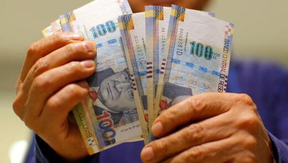 La ley aprobada detalla que el trabajador puede realizar retiros, totales o parciales, del monto disponible en su respectiva cuenta de depósito de CTS (Foto Andina)