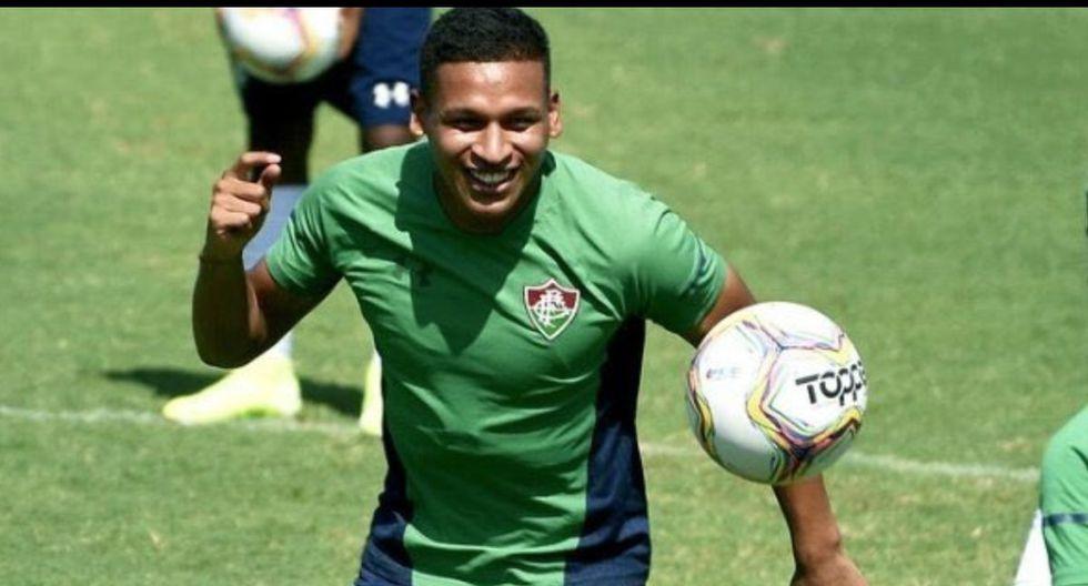 Fernando Pacheco debuta como titular con Fluminense.