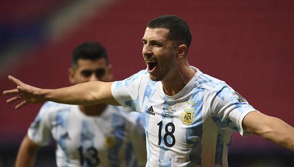 Guido Rodríguez marcó el único gol del partido con el que Argentina venció a Uruguay por la Copa América. | Foto: AFP