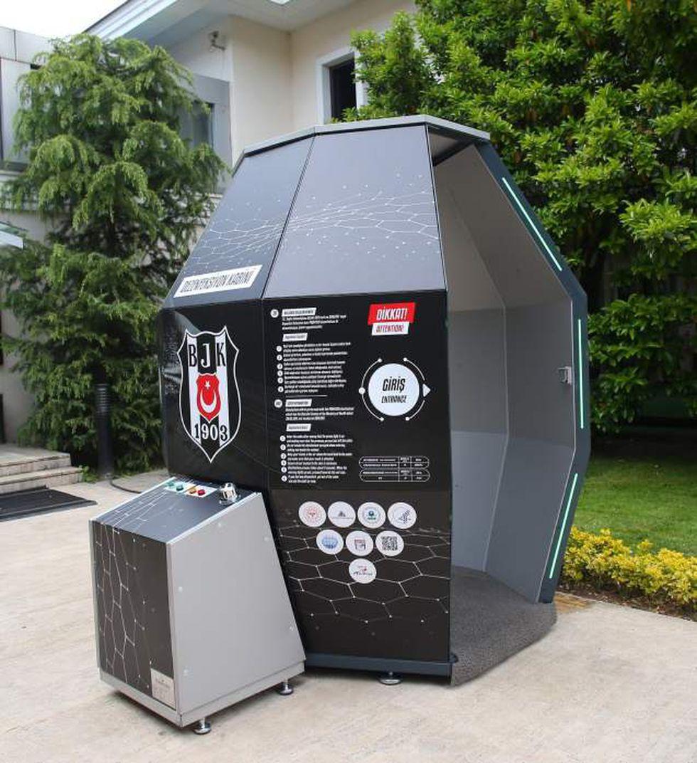 Coronavirus Turquía: Besiktas instaló una cabina de desinfección ...