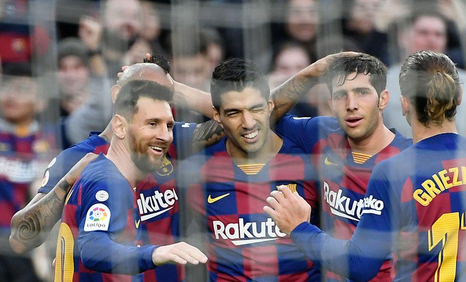 Barcelona visita a Valencia por la Liga Santander. Conoce las horas y canales de TV para ver todos los partidos de hoy, sábado 25 de enero. (AFP)