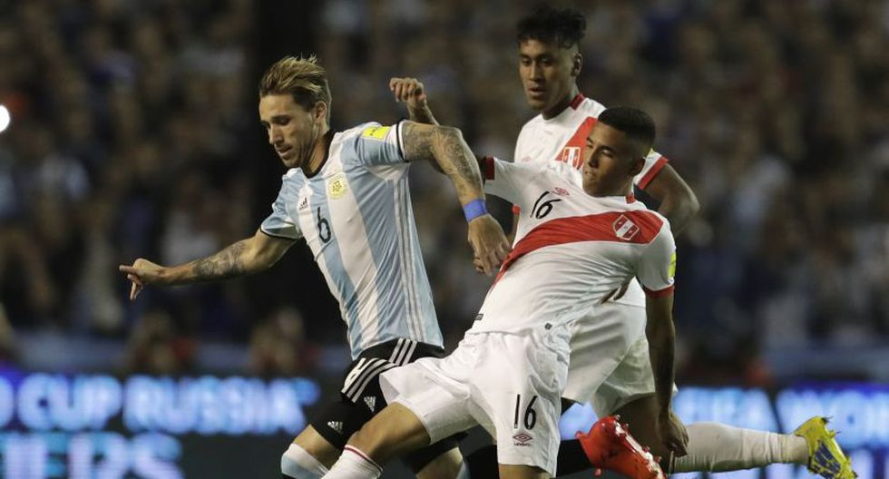 Sergio Peña había jugado 6 partidos en la era de Ricardo Gareca. (AP)