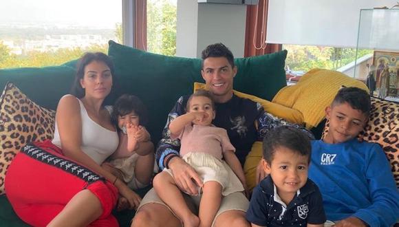 Cristiano Ronaldo tiene una hija biológica con su pareja Georgina Rodríguez. (Foto: Instagram)