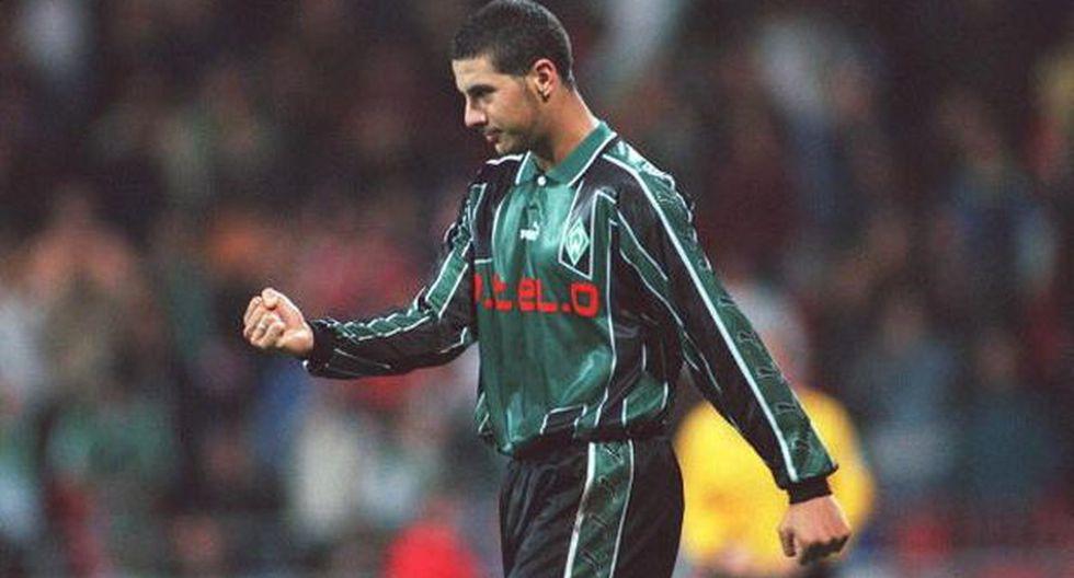 Werder Bremen recordó el triplete de Claudio Pizarro, un día como hoy en 1999