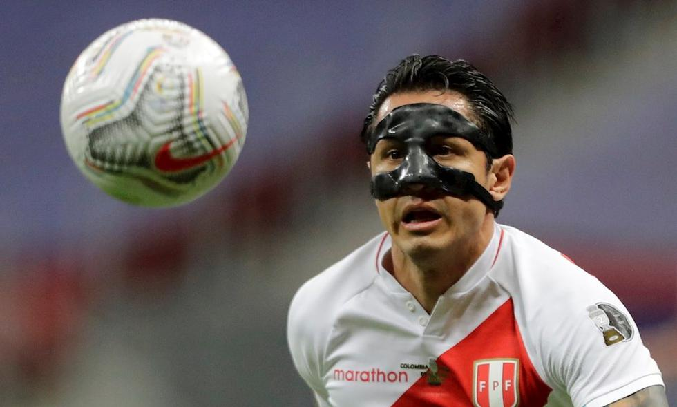 El futbolista actualmente juega en el Benevento. (Foto: EFE)