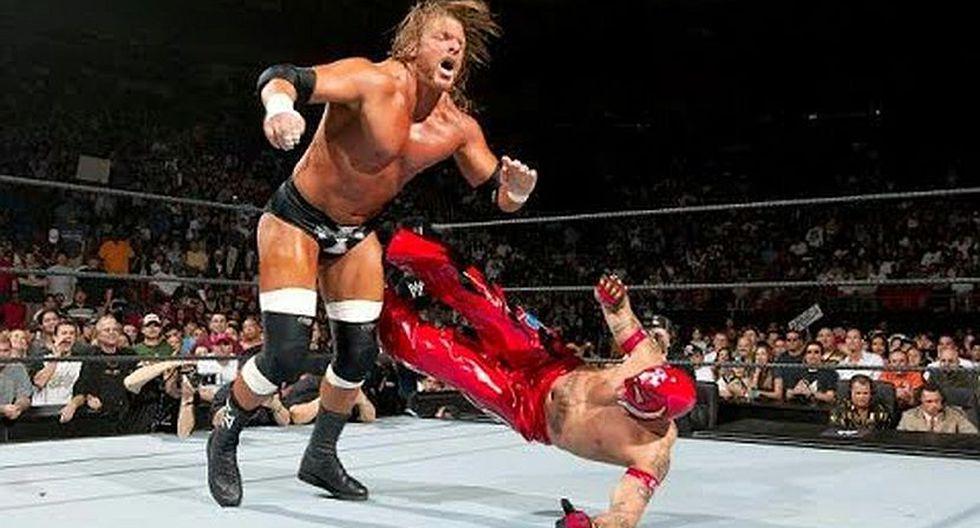 Rey Mysterio se coronó ganador del Royal Rumble de 2006. (WWE)