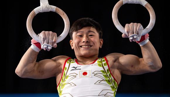 A los 18 años, se desempeña en gimnasia artística y posee el antecedente de ganar cinco medallas de oro en un campeonato de Buenos Aires en el año 2018 cuando tenía la edad de 15 años.
