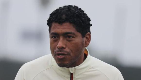 Juan Pajuelo dirigió al primer equipo de la 'U' por primera vez luego de la partida de Nicolás Córdova del banquillo merengue. (Foto: Universitario)