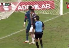 Fernando Pacheco encaró a Diego Alves y los hinchas de Fluminense reaccionaron en redes sociales