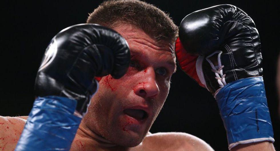 Gennady Golovkin venció a Sergiy Derevyanchenko por decisión unánime y ganó el título de peso medio de la FIB. (DAZN)