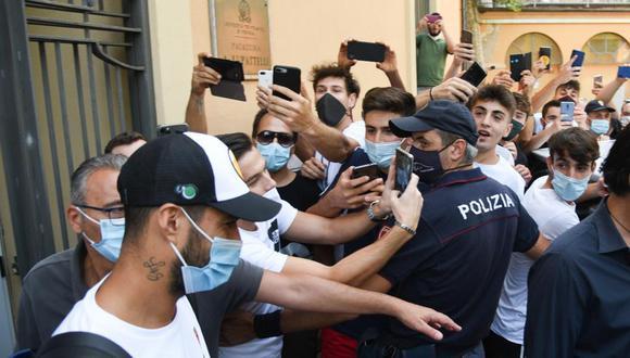 Luis Suárez aprobó con éxito su prueba para obtener el pasaporte italiano. (Foto: EFE)