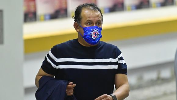 Juan Reynoso se coronó campeón con Cruz Azul en su etapa de jugador y también como entrenador. (Foto: Cruz Azul)