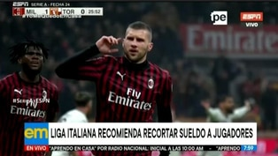 Clubes italianos reducen sueldos a futbolistas