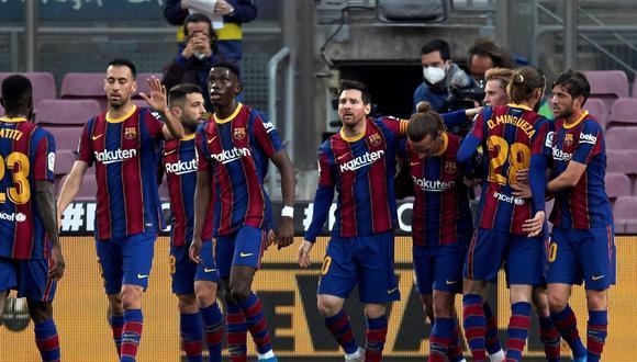 Lionel Messi recibió en su casa a la plantilla de Barcelona. (Foto: EFE)