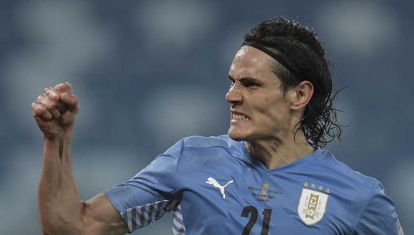 Cavani se hizo presente en el marcador y anotó el primer gol uruguayo en Copa América (Foto: AFP)
