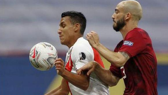 Alex Valera jugó ante Brasil y Venezuela en la Copa América. (Foto: SILVIO AVILA / AFP)