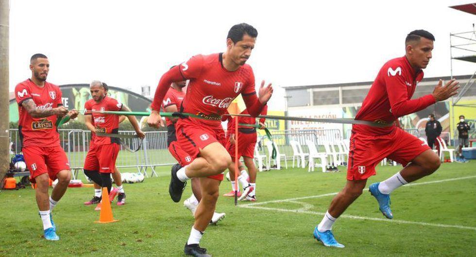 Un total de 19 jugadores trabajaron este domingo 30 de mayo en Videna. (Foto: FPF)