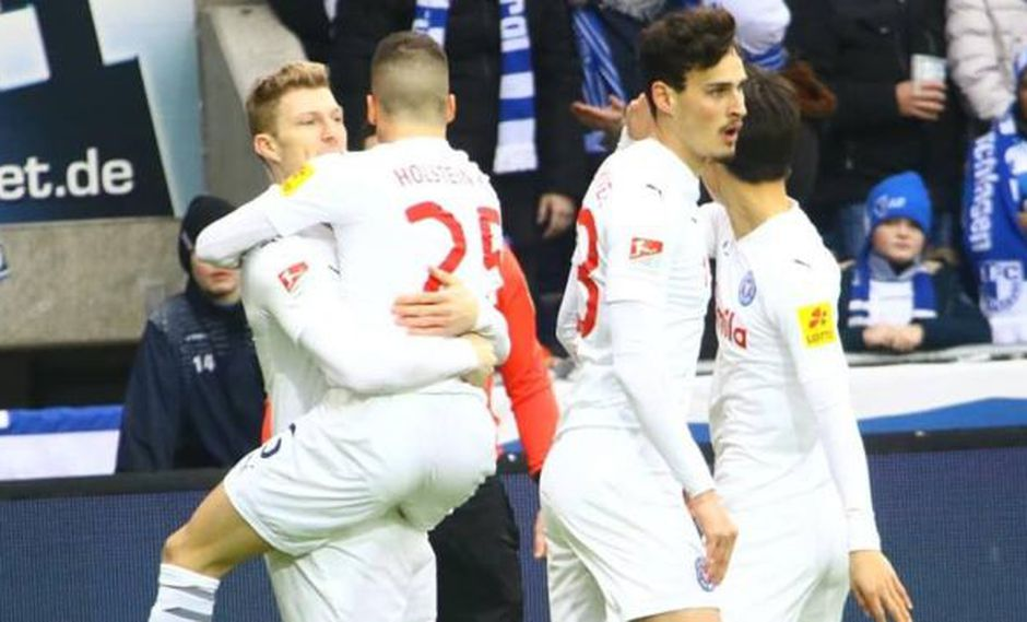 Janni Serra culminó una brillante jugada colectiva del Holstein Kiel. (Foto: Holstein Kiel)