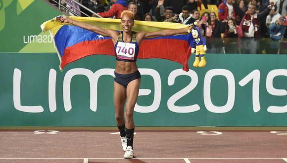 Yulimar Rojas quebró el récord panamericano de la colombiana Caterine Ibarguen, hecho en Guadalajara 2011. (AFP)