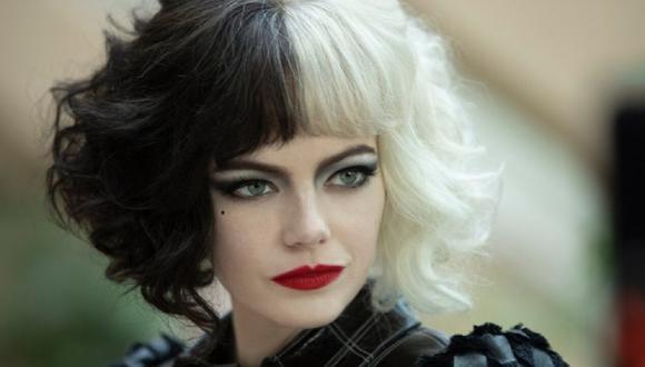 """En """"Cruella"""", Emma Stone interpreta a Estella, una joven inteligente, creativa y muy determinada que está decidida a hacerse famosa por sus diseños. (Foto: Disney+)"""