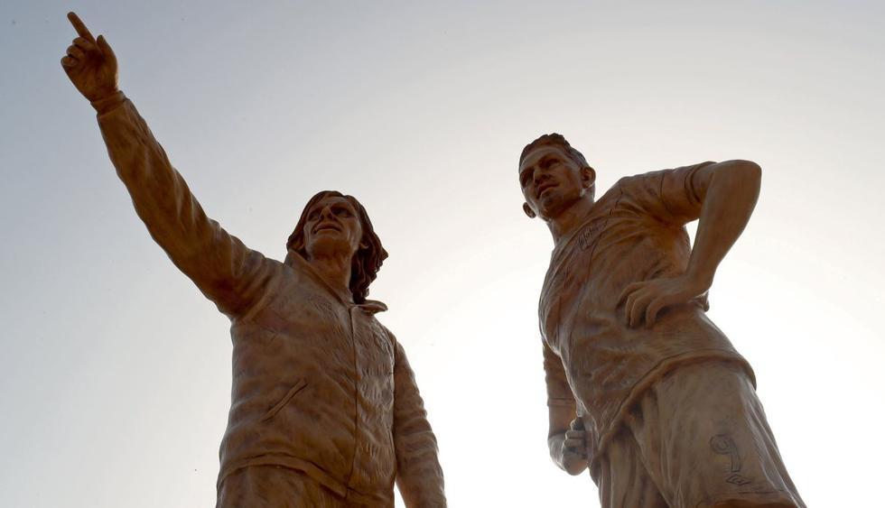 Esculturas de Ricardo Gareca y Paolo Guerrero. (FIFA)