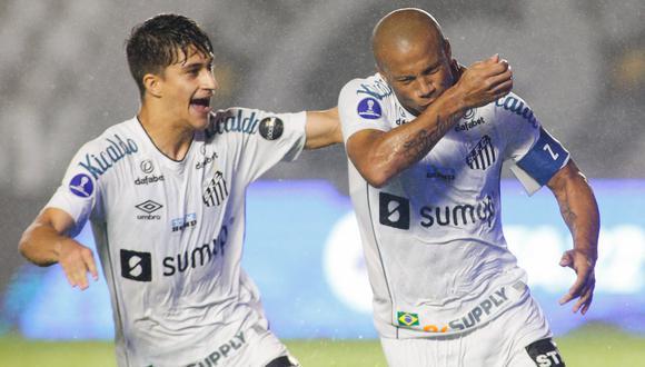 Carlos Sánchez abrió el marcador para Santos. (Foto: Conmebol)