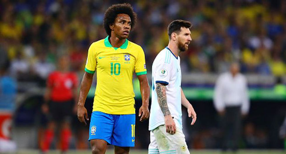 Willian salió airoso de su choque ante la Argentina de Messi. (Foto: Getty)