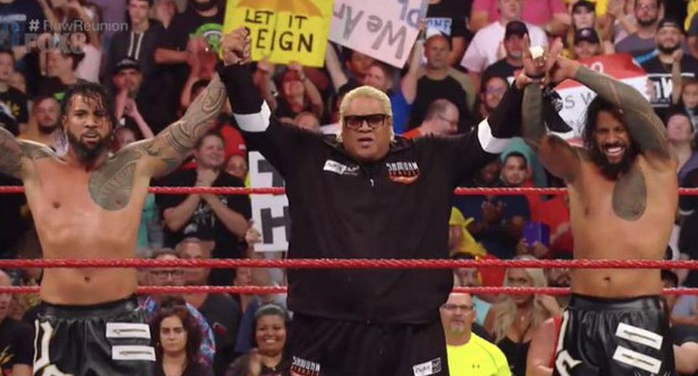 The Usos y Rikishi derrotaron a The Revival y D-Von Dudley. (WWE)