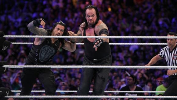 'Taker' peleando contra Roman en WrestleMania 33. (Foto: WWE)