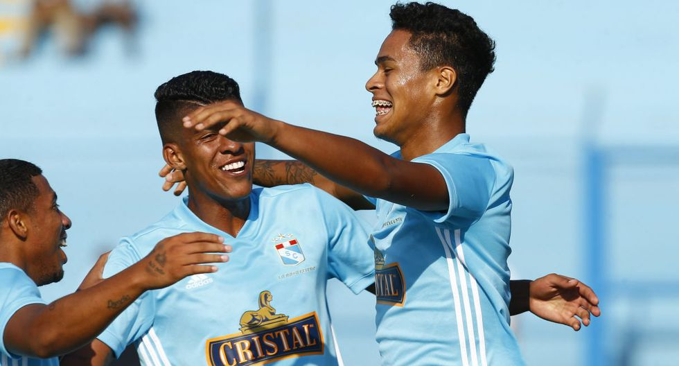 Olivares podría dejar Sporting Cristal el próximo año.