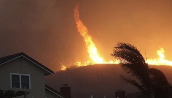 Los incendios forestales en California se han intensificado desde hace 3 semanas y destruido miles de hectáreas.| Foto: flamecatcher2/TikTok