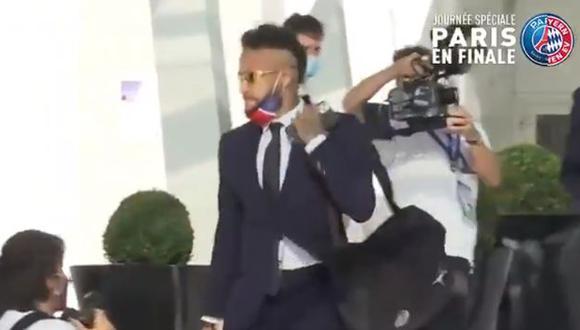 PSG fue despedido del hotel por una multitud de hinchas. (Captura: L'Équipe)