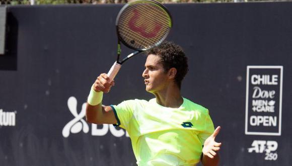 Varillas venció al portugués Sousa y avanzó a la segunda ronda del ATP de Santiago. (Chile Open)