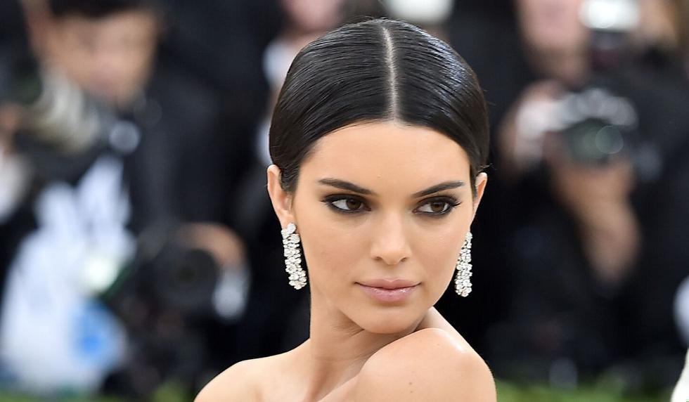 Kendall Jenner tiene millones de seguidores en las redes sociales. (AFP)